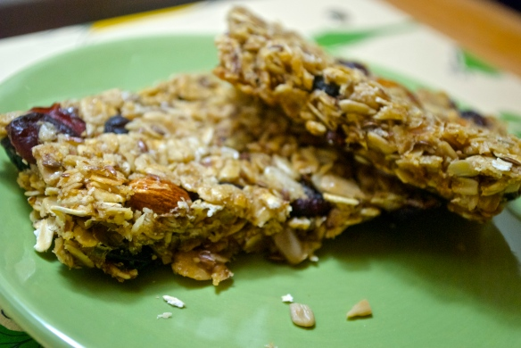 Homemade Almond Cherry Granola Bars