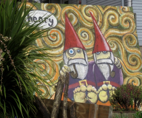 I just love this gnome mural -- I see it every time I drive to Ballard.