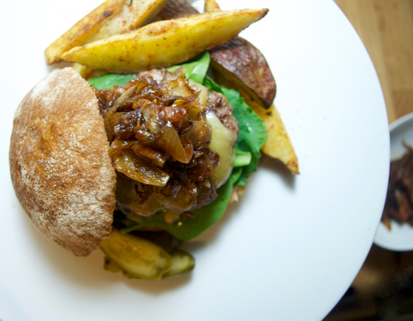 Burger w/ Bacon Onion Marmalade
