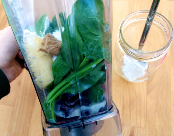 Almond, Spinach and Cherry Smoothie
