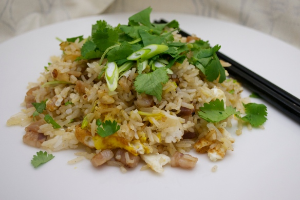Khao Phat Muu (Thai fried rice with pork)