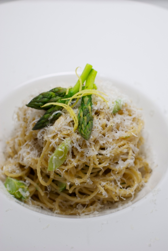 Spring Pasta with Lemon and Asparagus