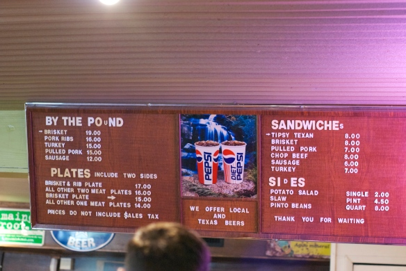 The menu: we opted for a brisket and rib plate, a pulled pork sandwich and a sausage link.