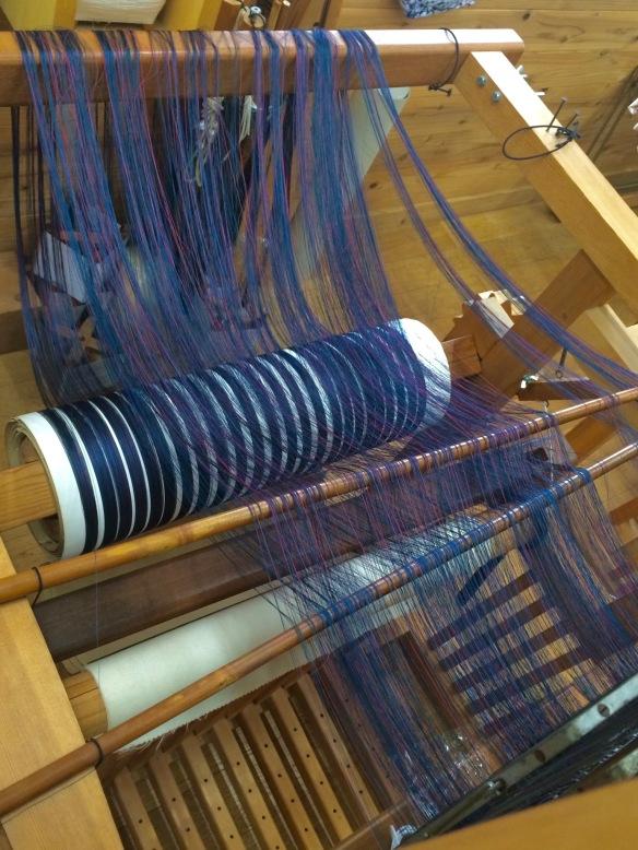 weaving kimonos